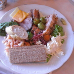 The meals on cruise  ships are to die for!