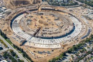 Aerial photo of the new Apple campus under construction
